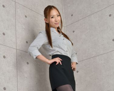 [RQ-STAR美女] NO.00991 Yui Iwasaki 岩崎由衣 Office Lady[100P]