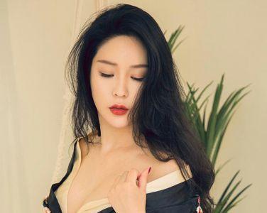 [Ugirls尤果网]爱尤物 2019.09.08 No.1572 刘瑾希 未知数[34P]