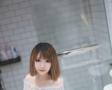 [喵糖映画]Vol.025 半透浴室JK少女[42P]