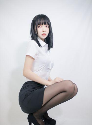 [喵糖映画] 2020.09.30 赏美系列 VOL.291 ol制服[22P]