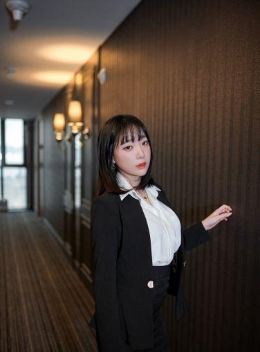 [ARTGRAVIA] VOL.147 巨乳少女姜仁卿[73P]