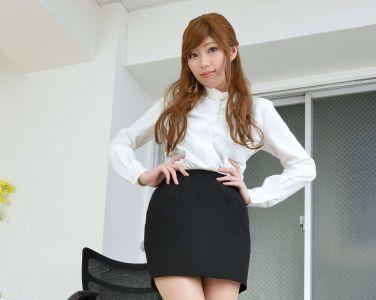 [RQ-STAR美女] NO.00923 Marika Kuroki 拒岳蚧[89P]