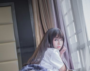 [Yoko宅夏Cos]一号写真本 黑丝 [23P]