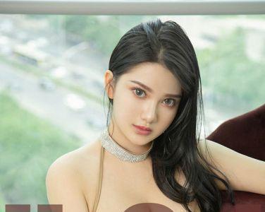 [Ugirls尤果网]爱尤物 2019.09.09 No.1573 小尤奈 几十亿份爱恋[33P]