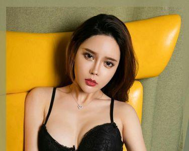 [Ugirls尤果网]爱尤物 2020.03.21 No.1767 艾小青 燥热芭比[35P]