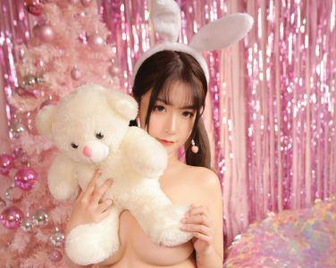 巨乳猫九酱Sakura - 粉色圣诞兔[46P]