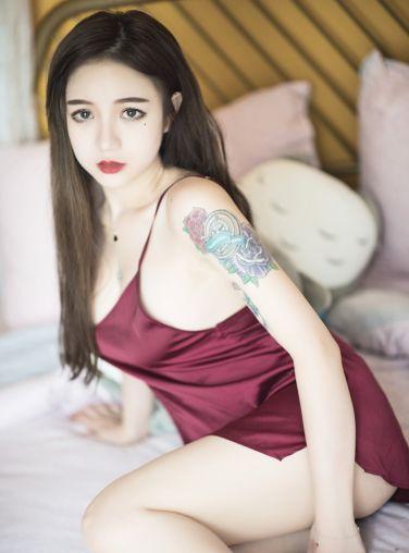 [Cosplay]洛丽塔大哥 - 吊带睡衣[14P]