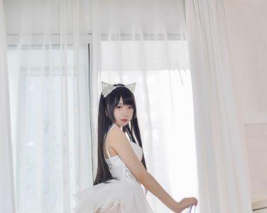 Cos小姐姐雪琪 – 猫系少女白猫[30P]