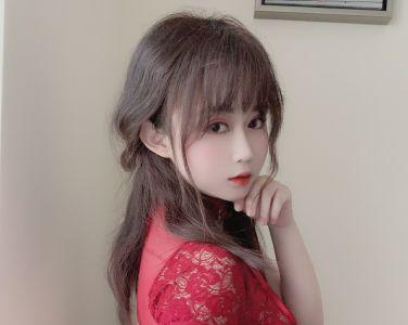 蜜桃少女是依酱呀 - 红色旗袍[25P]