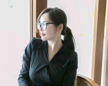 [YOUMI尤蜜荟]2019.04.04 VOL.290 奶瓶土肥圆矮挫丑黑穷[70P]