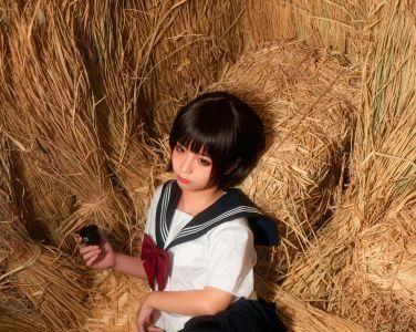 动漫博主蠢沫沫 - 稻草里的少女[50P]