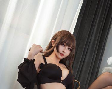 [Cosplay][rioko凉凉子]内衣私房[24P]