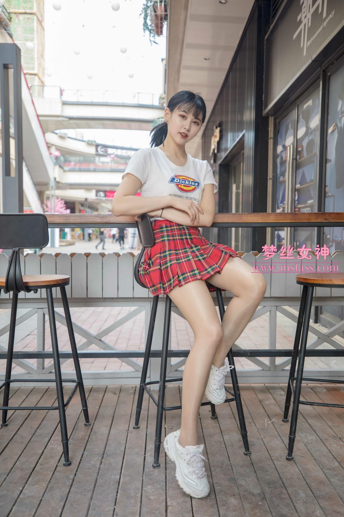 梦丝女神 可岚 油光丝袜[73P] 梦丝女神 第3张