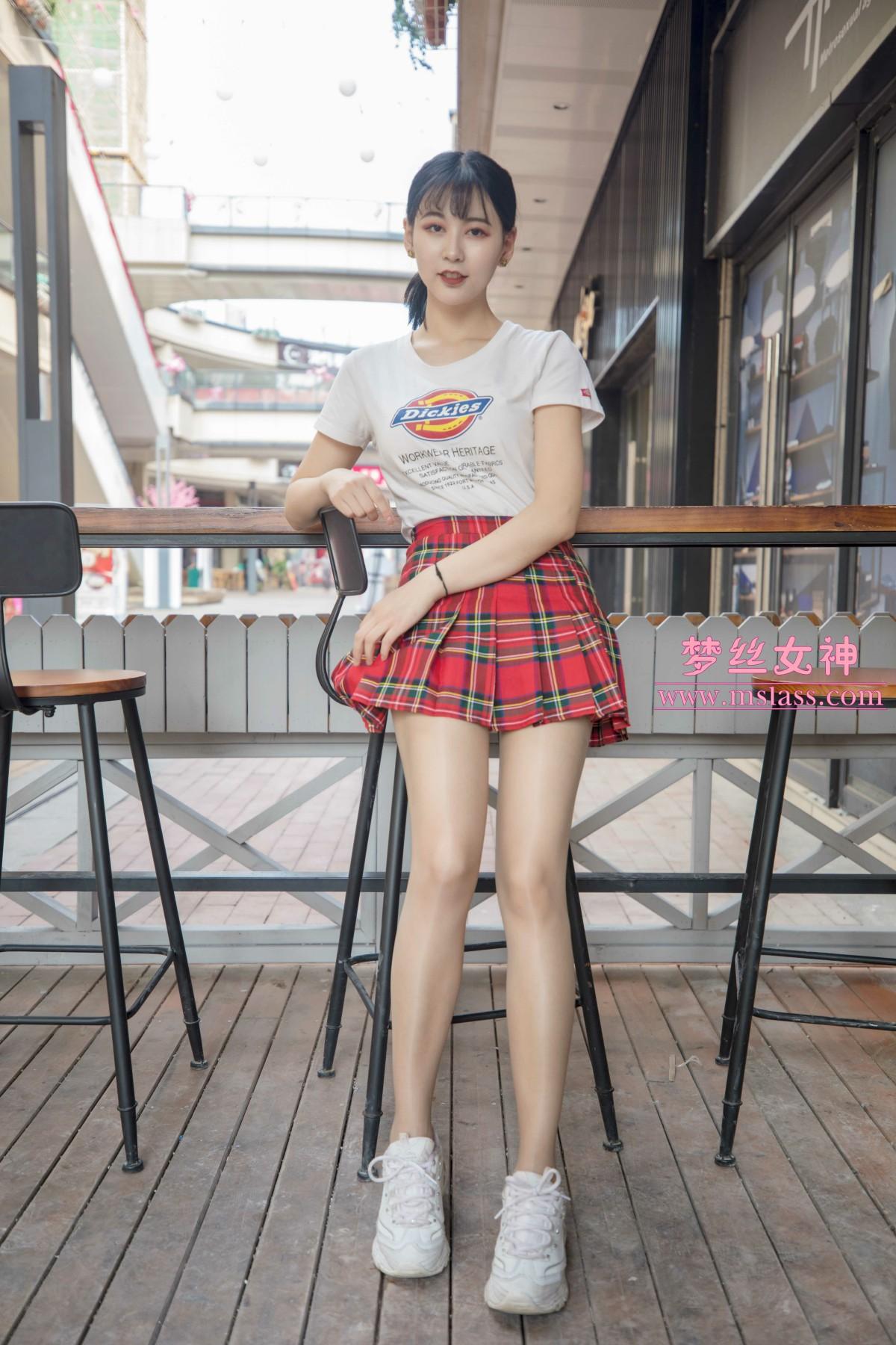 梦丝女神 可岚 油光丝袜[73P] 梦丝女神 第4张