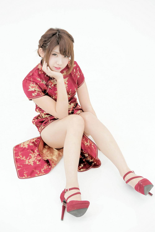 中華娘娘之红色旗袍与美腿高跟[27P] 其他套图 第9张