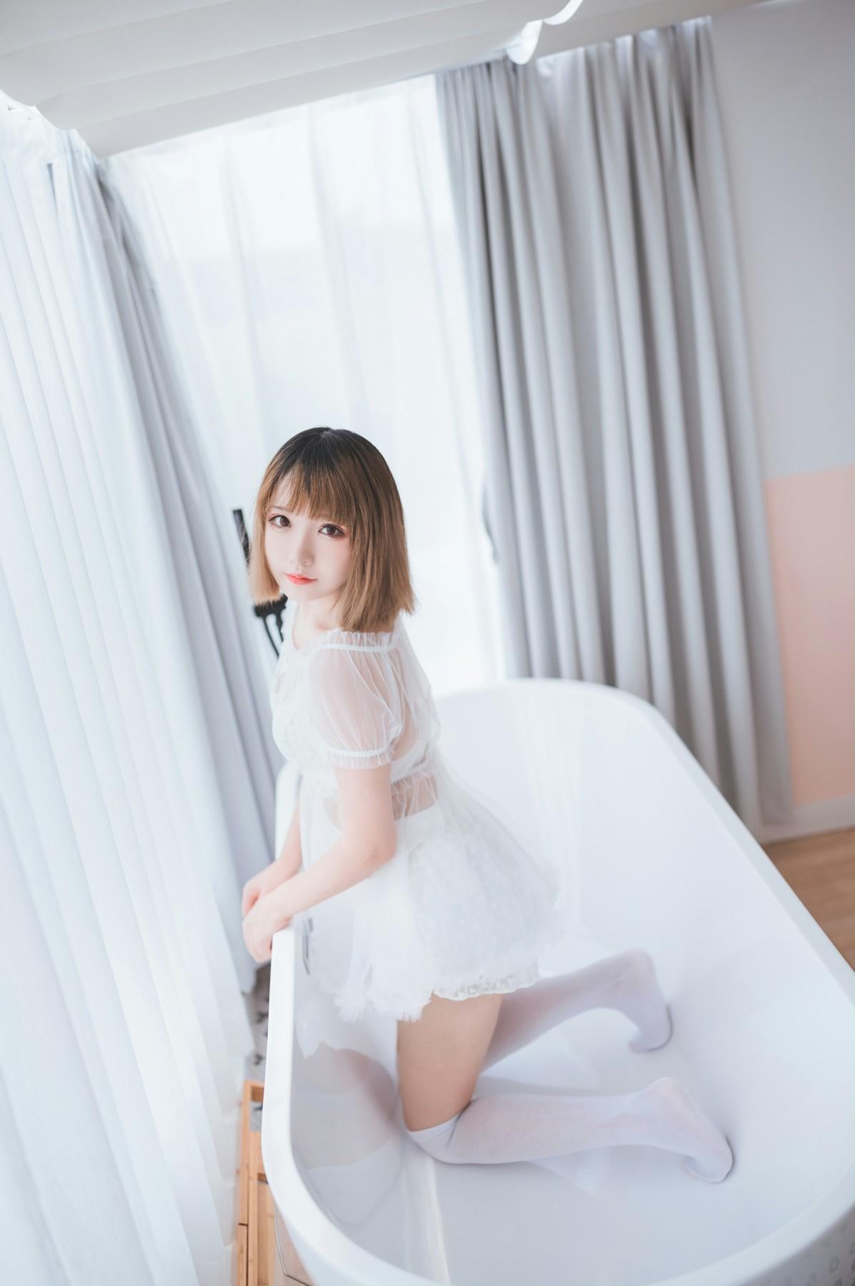 [喵糖映画]Vol.025 半透浴室JK少女[42P] 喵糖映画 第2张