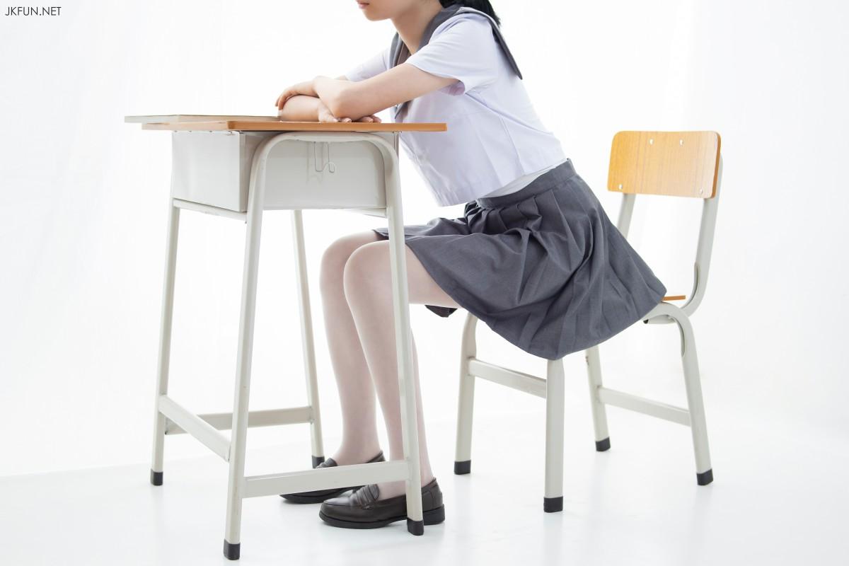 [森萝财团]JKFUN 018 15D超薄白丝 小青[108P] 森萝财团 第1张