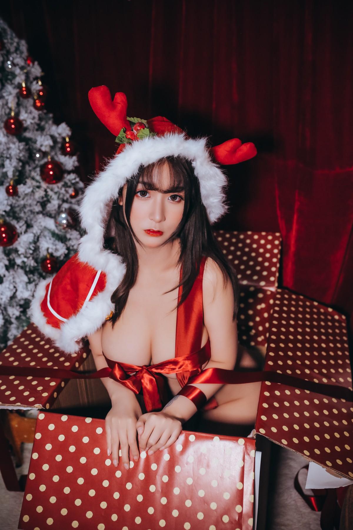 巨乳猫九酱Sakura 红色圣诞礼物[47P] 其他套图 第3张