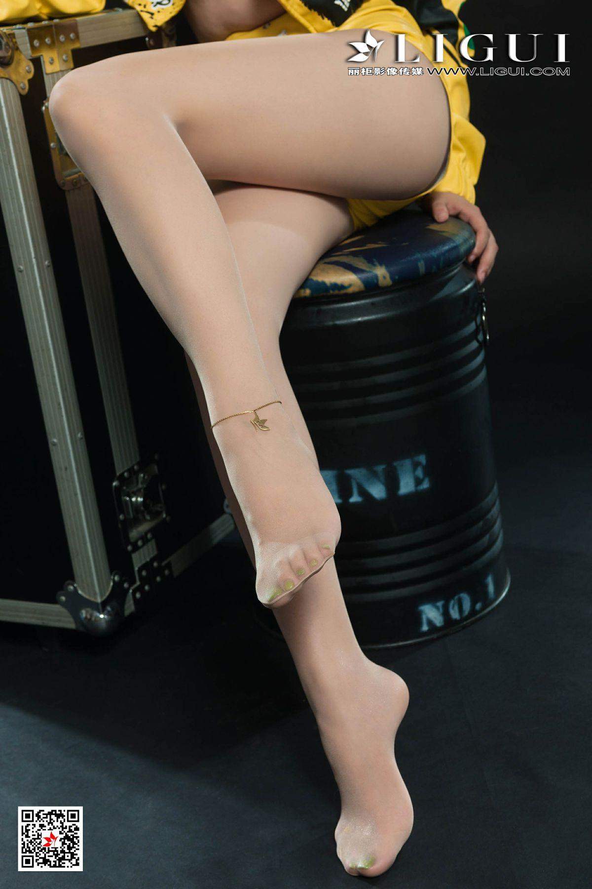 [Ligui丽柜]2020.03.05《性感赛道女郎》-安娜-第3张图片-福利社
