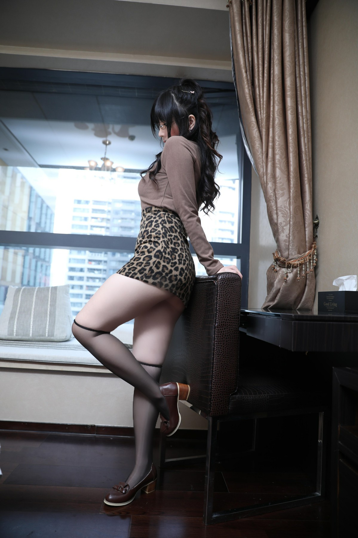 巨乳美女鹿野希 - 豹纹蕾丝-第2张图片-福利社