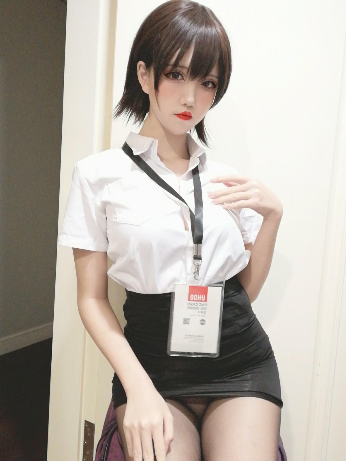 鬼马少女阿薰kaOri 黑丝OL[39P] 其他套图 第2张