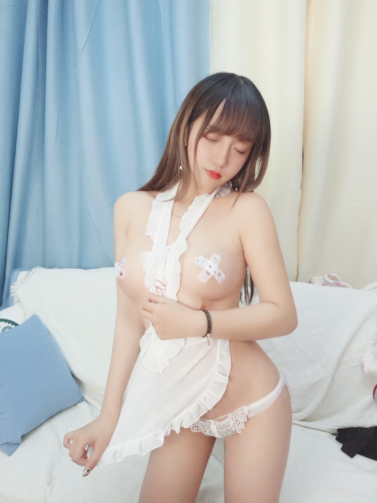 斗鱼米线线sama写真 围裙[19P] 其他套图 第3张