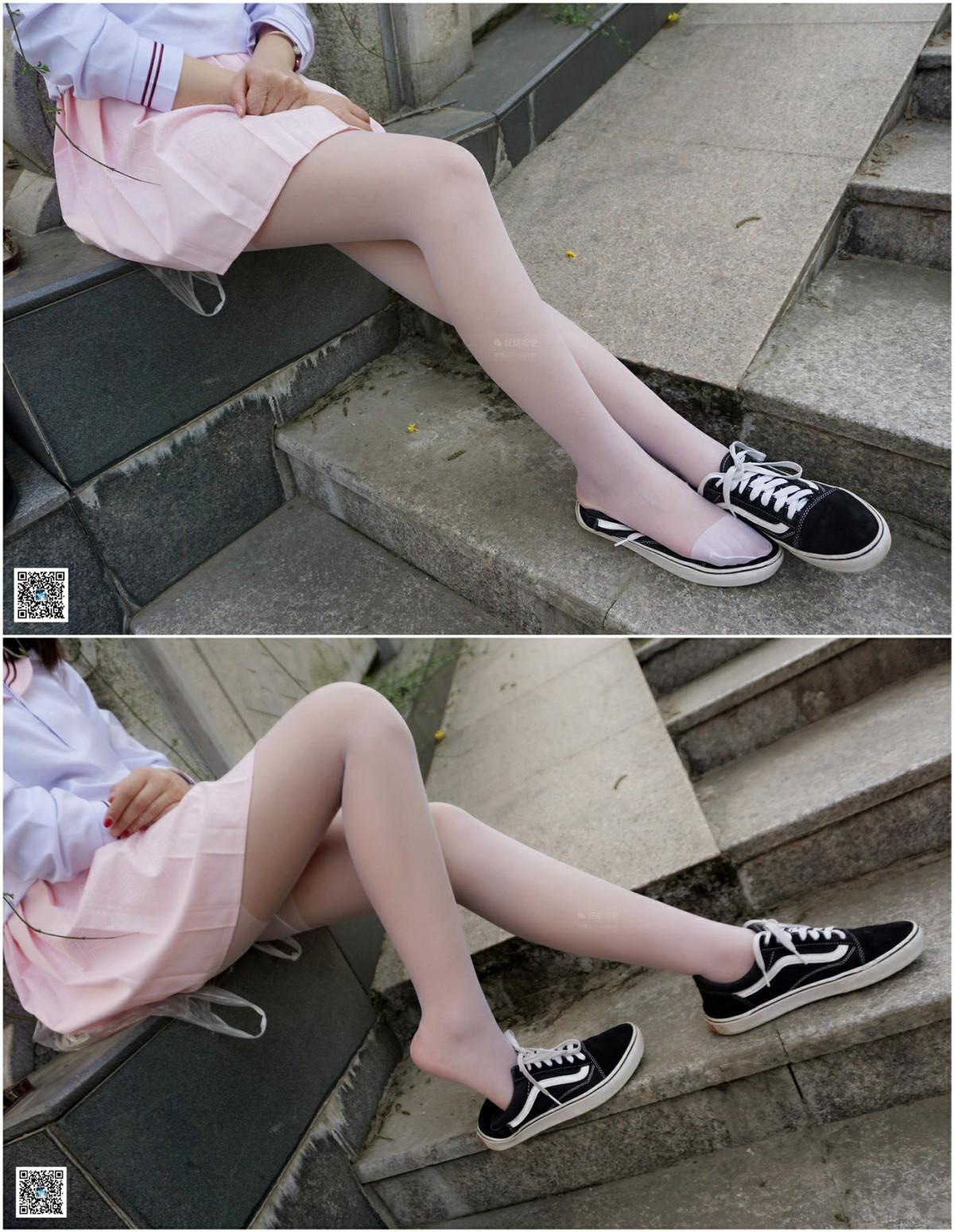[妖精视觉]NO.106 苏苏 初冬的学院白丝袜 第3张