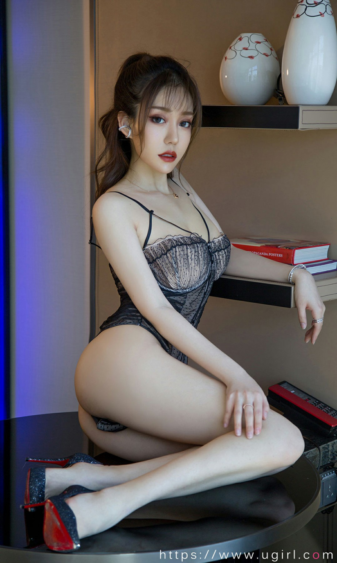 [Ugirls尤果网]爱尤物 2020.06.06 No.1838 陈亦菲 夜精灵的吻 第2张