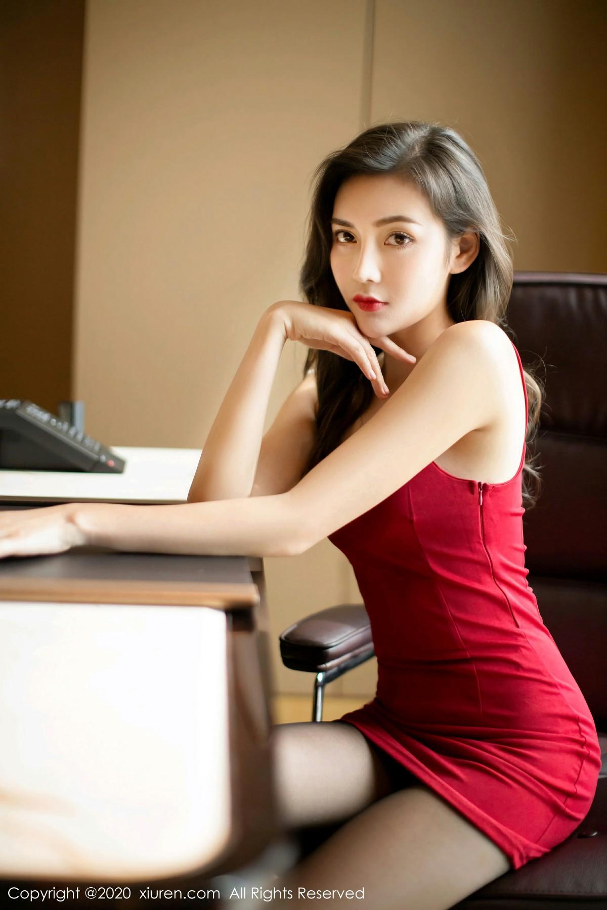 [XiuRen秀人网] 2020.07.27 No.2369 夏玥 第3张