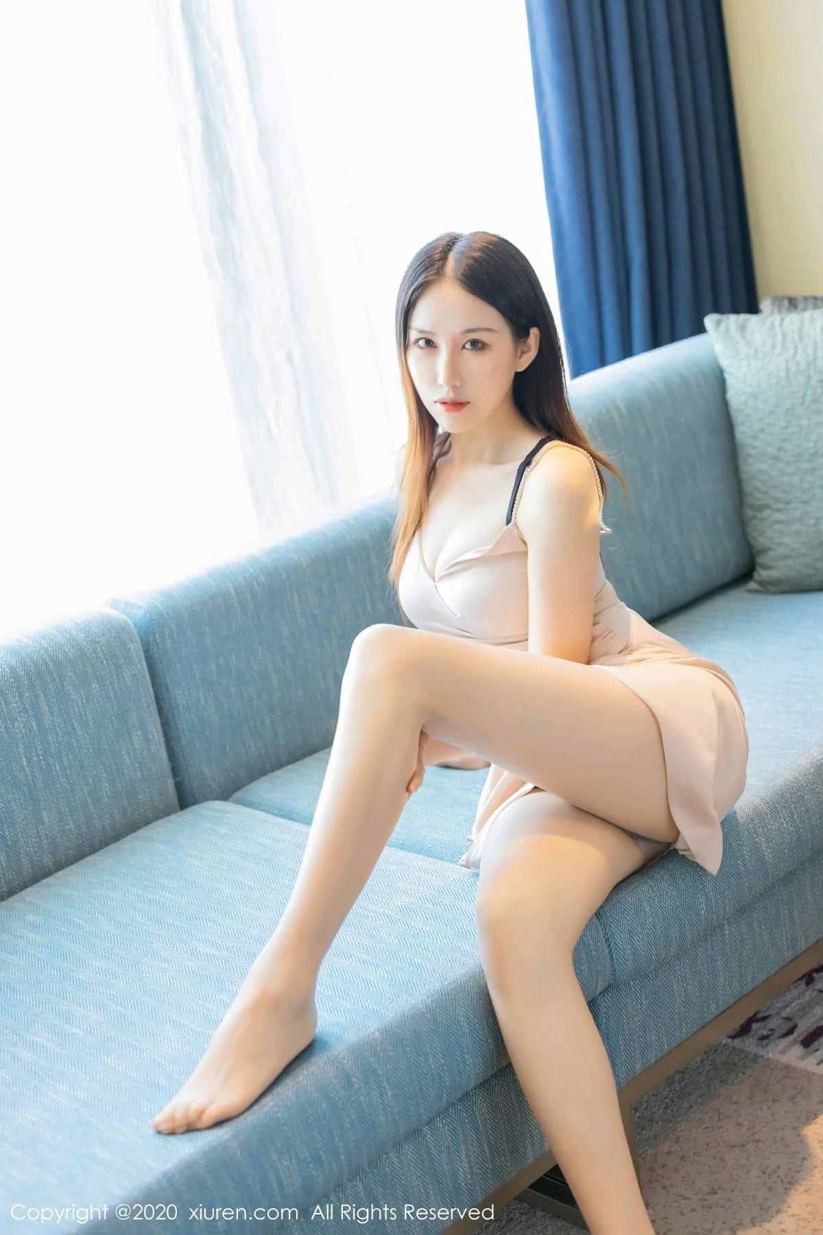 [XiuRen秀人网] 2020.08.31 No.2505 月音瞳 极致丝袜美腿 第3张
