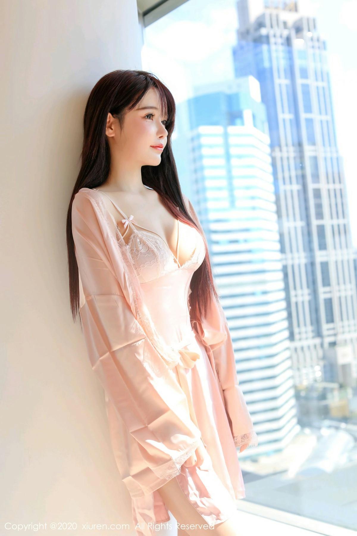 [XiuRen秀人网] 2020.10.19 No.2666 南初妹妹 第2张