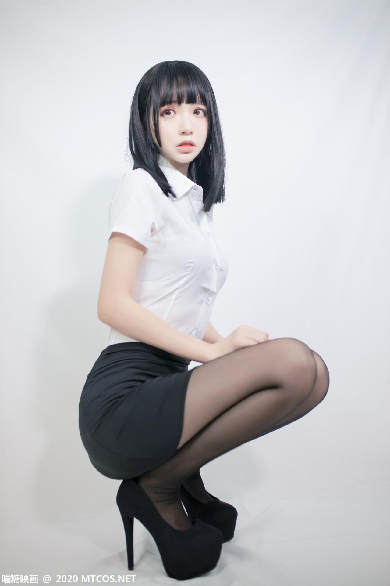 [喵糖映画] 2020.09.30 赏美系列 VOL.291 ol制服 第1张