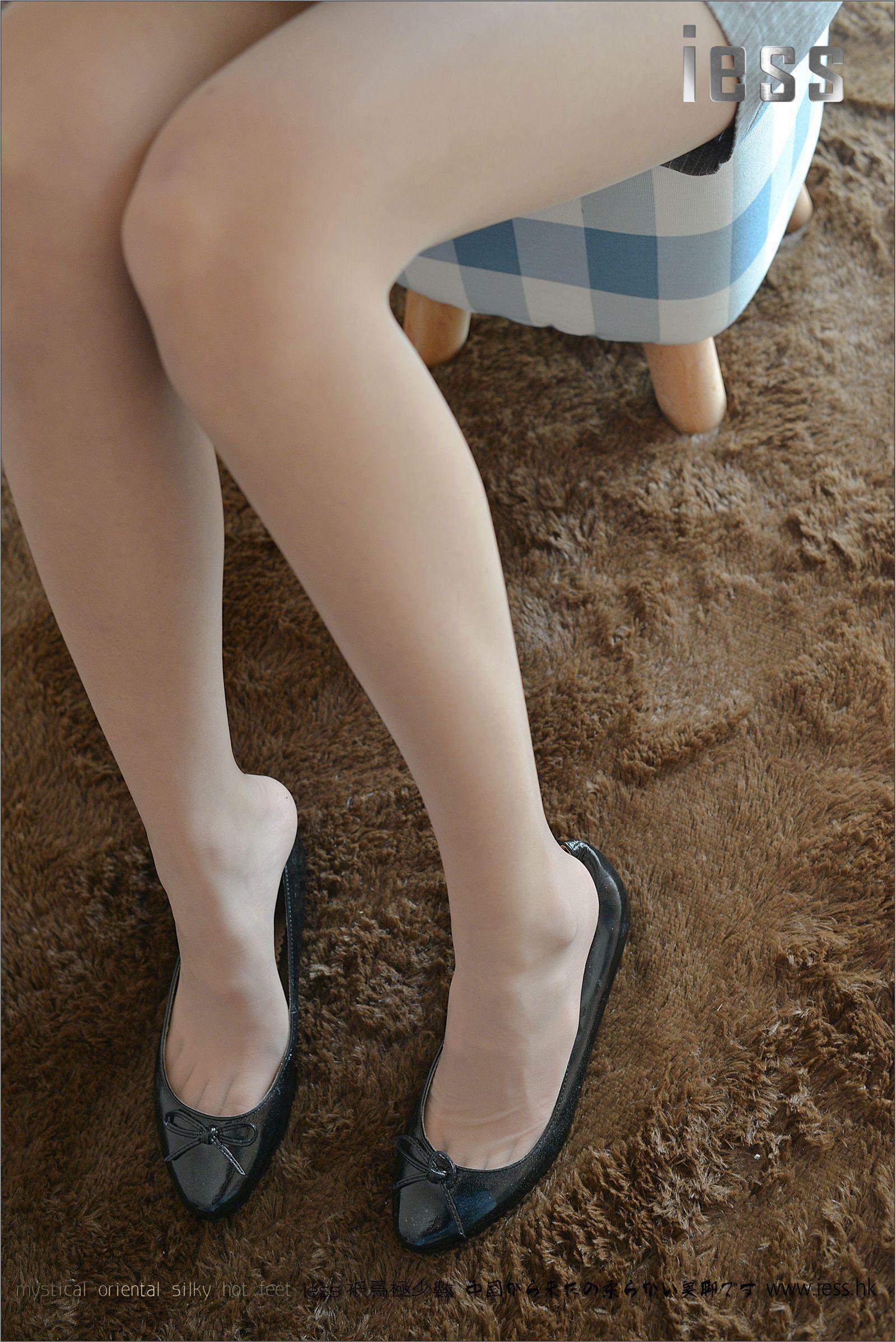 [异思趣向] 潇潇 女神演绎ES6和平底鞋[99P] 异思趣向 第3张