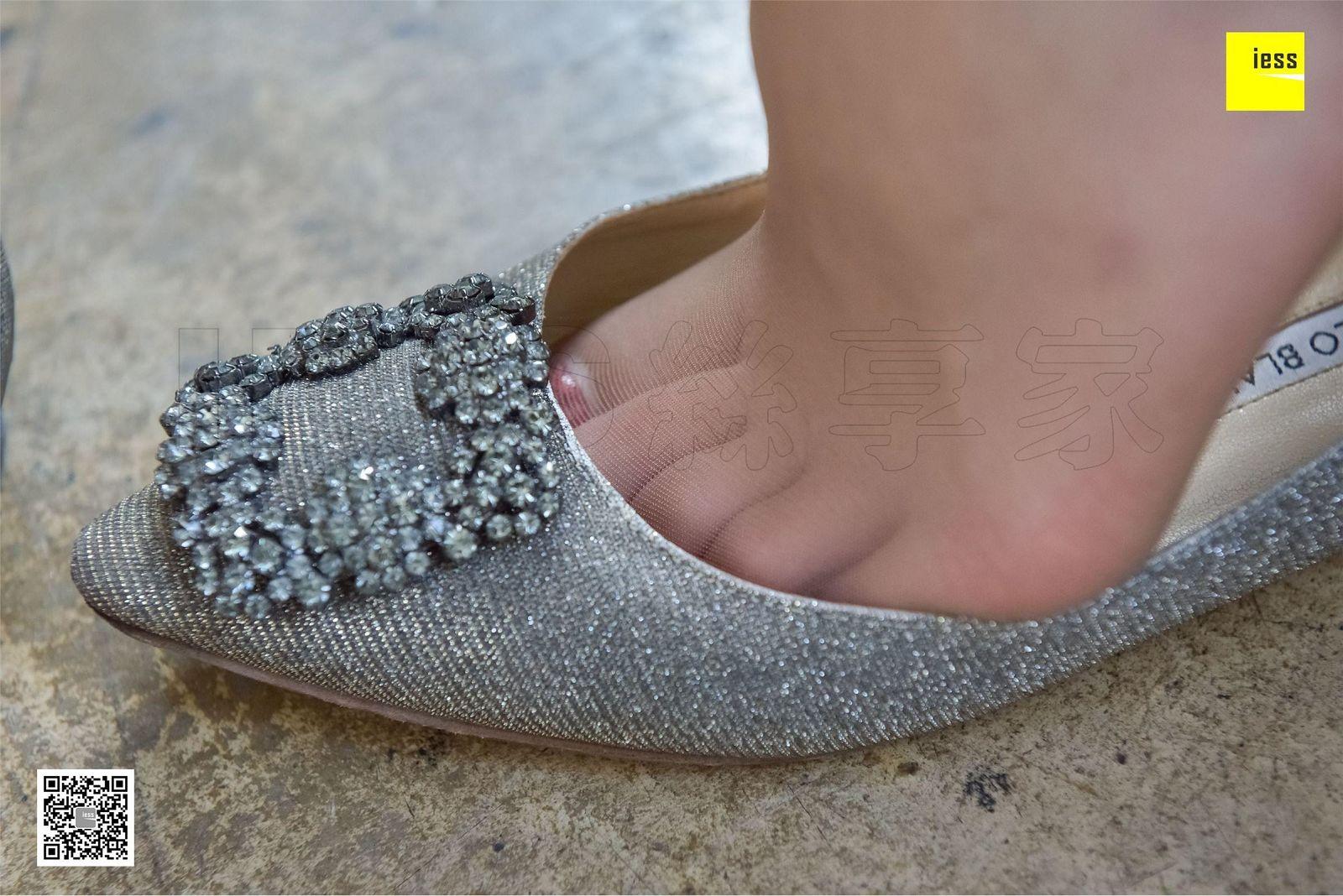 [异思趣向] 2017.11.24 SXJ.111 七七 大长腿咖啡丝平底鞋[99P] 异思趣向 第3张