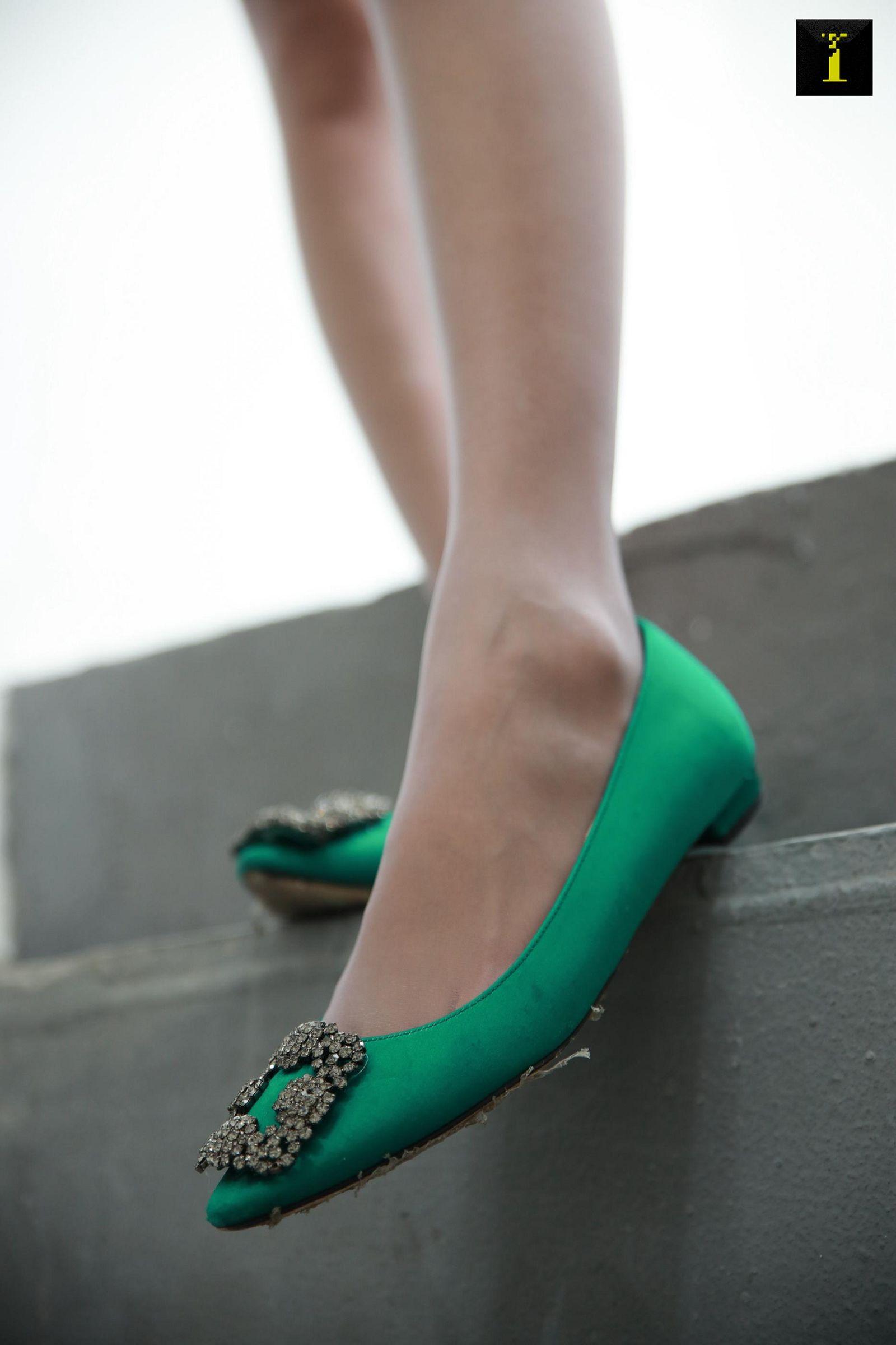 [IESS异思趣向] 2019.12.08 丝享家639:婉萍的绿色平底鞋[90P] 异思趣向 第4张