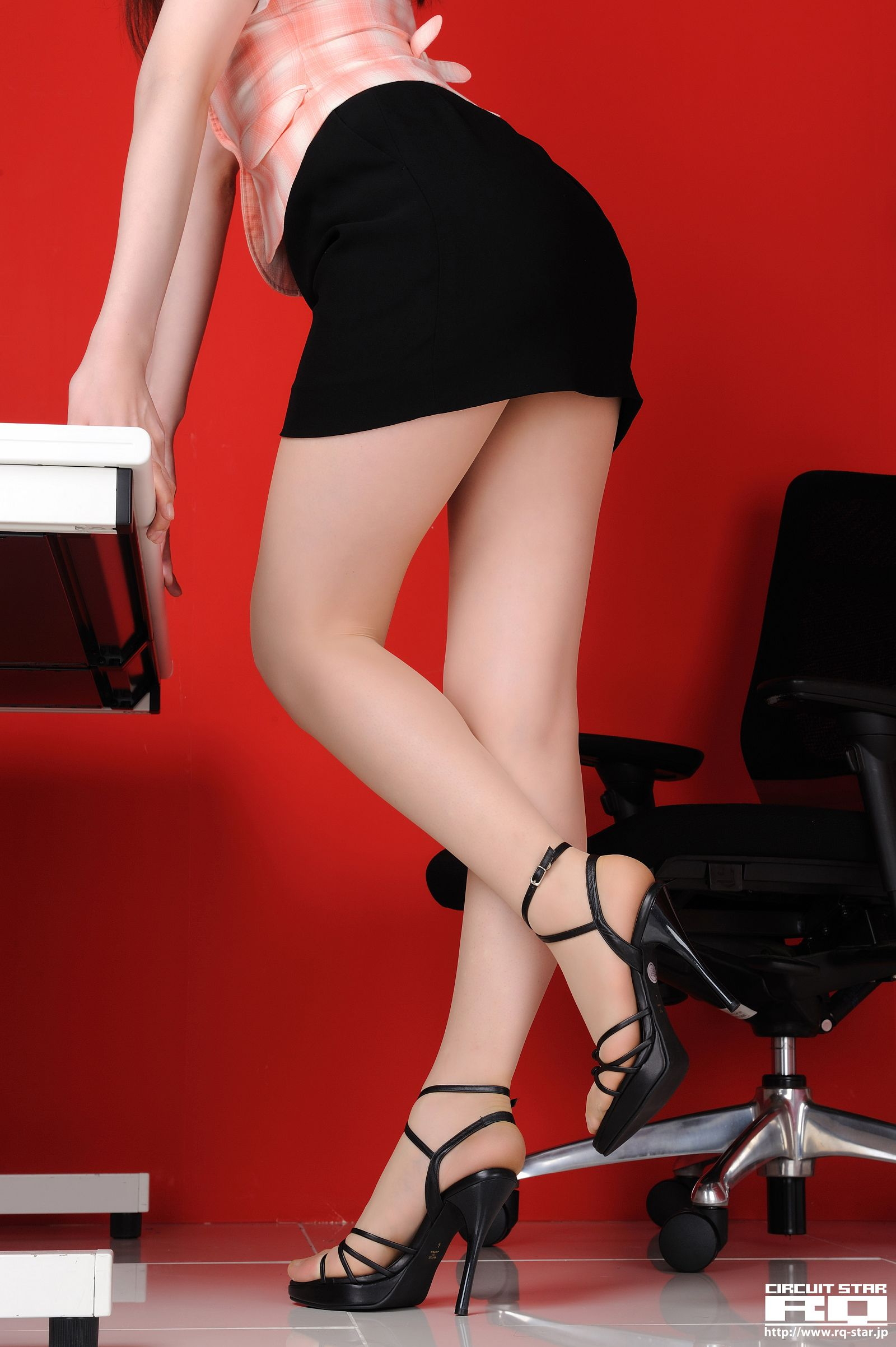 [RQ STAR美女] NO.00566 Eri Tomoki 友木えり Office Lady[77P] RQ STAR 第4张